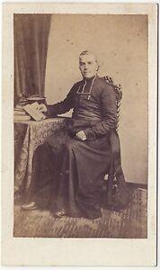 Ecclesiastique-Religion-Portrait-studio-cdv-Vintage-albumine-ca-1860