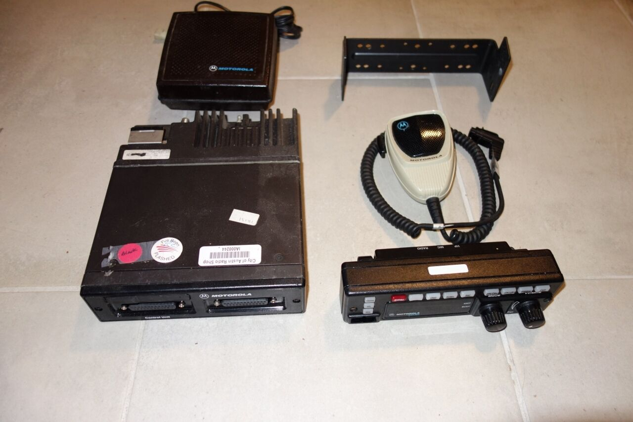 Motorola Astro Spectra Police 2-way radio W4 HAM T99DX + 130W _ Astro 800 MHZ. Buy it now for 189.99