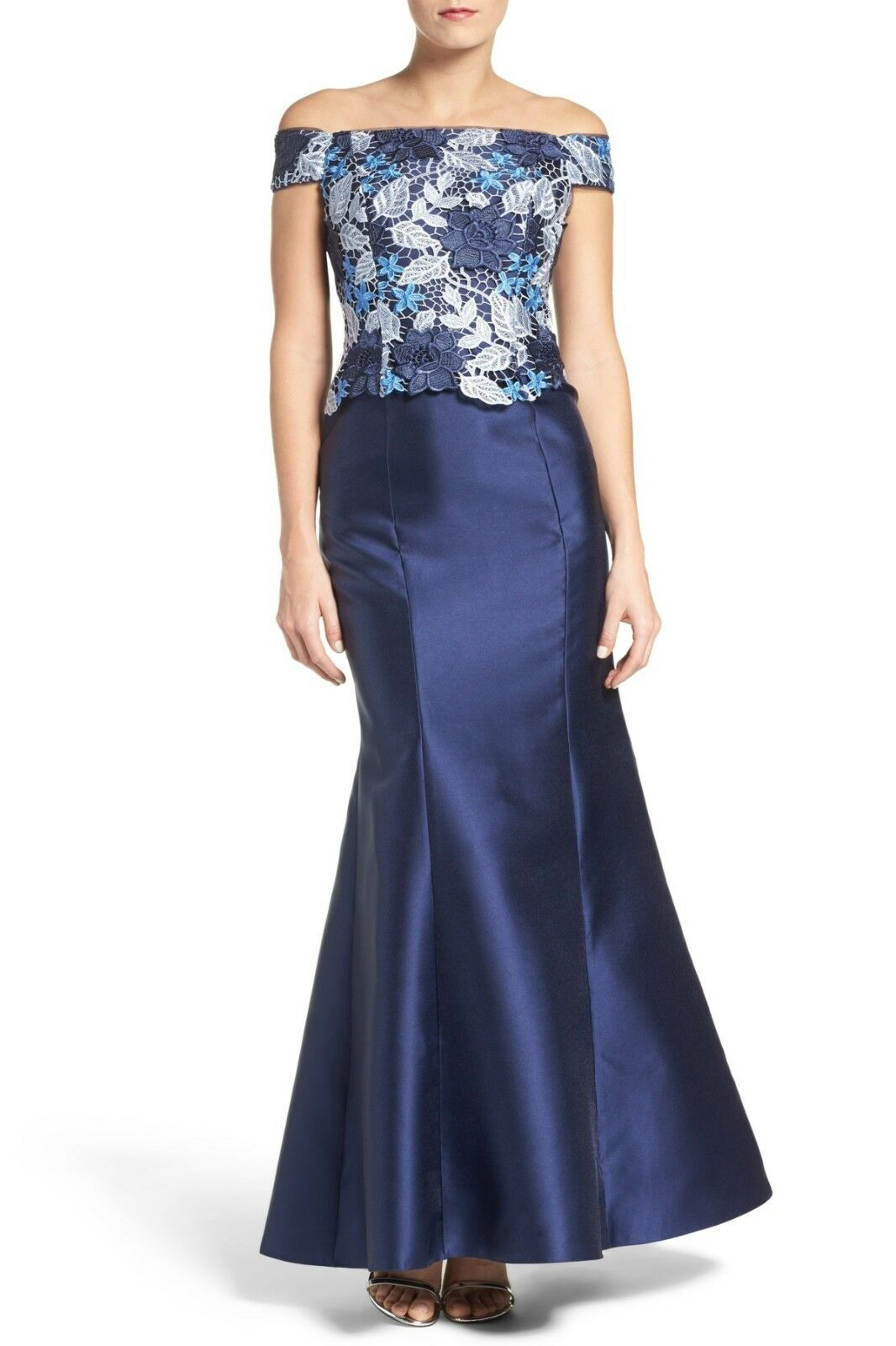 Adrianna Papell Guipure Lace & Mikado Gown (size 4)