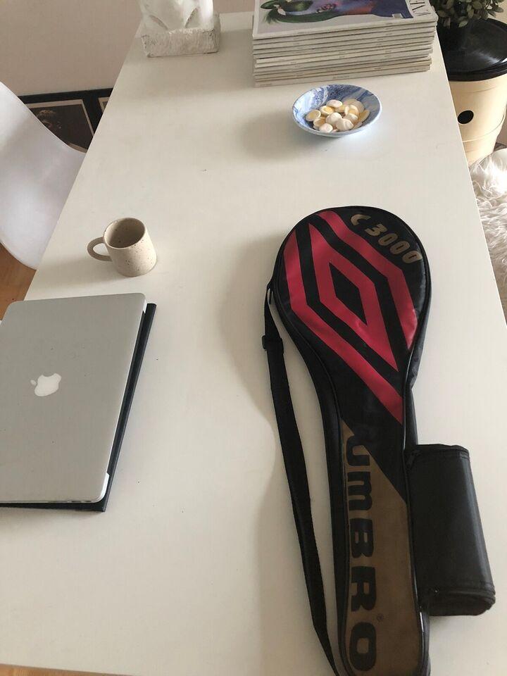 Badmintonketsjer, Umbro