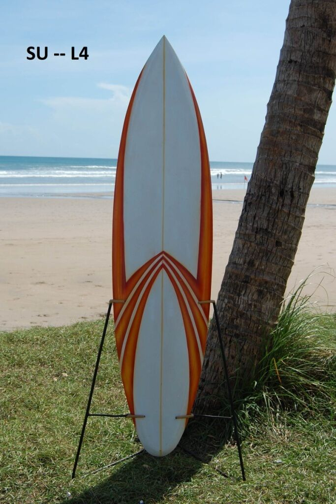 WOODEN DECORATIVE 130cm RETRO SURFBOARD SURFER BEACH WOOD MODEL BNIP   su130L4