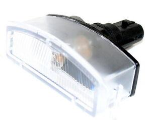 Nissan-Micra-K12-parachoques-trasero-matricula-Luz-Lampara-Unidad-Nuevo-Genuino-26510bg00a