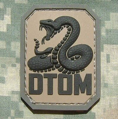 DTOM DON'T TREAD ON ME PVC TEA PARTY SNAKE ARMY MORALE TACTICAL ACU HOOK PATCH