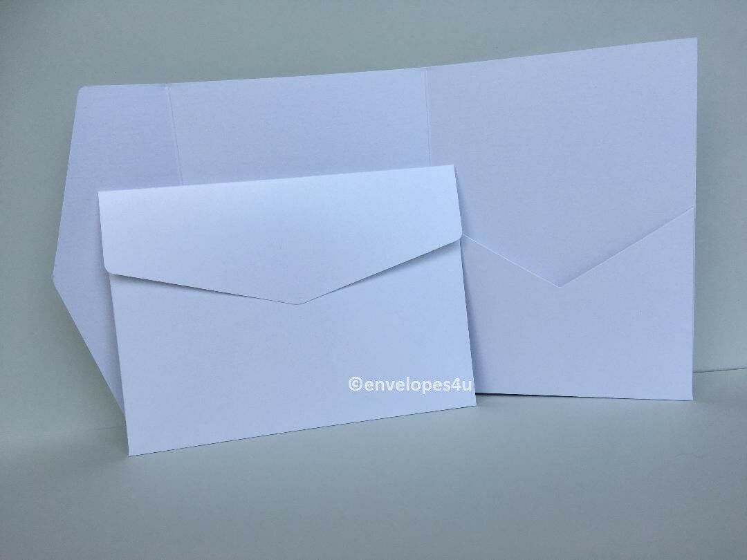 Weiß Pearlescent 285gsm Pocketfold Invitations 5x7  Portrait Wallet & Envelopes