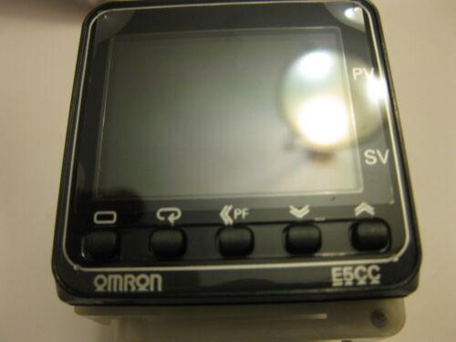 omron digital temperature controller E5CC-RX3A5M-000 multi range 100-240 V RELAY