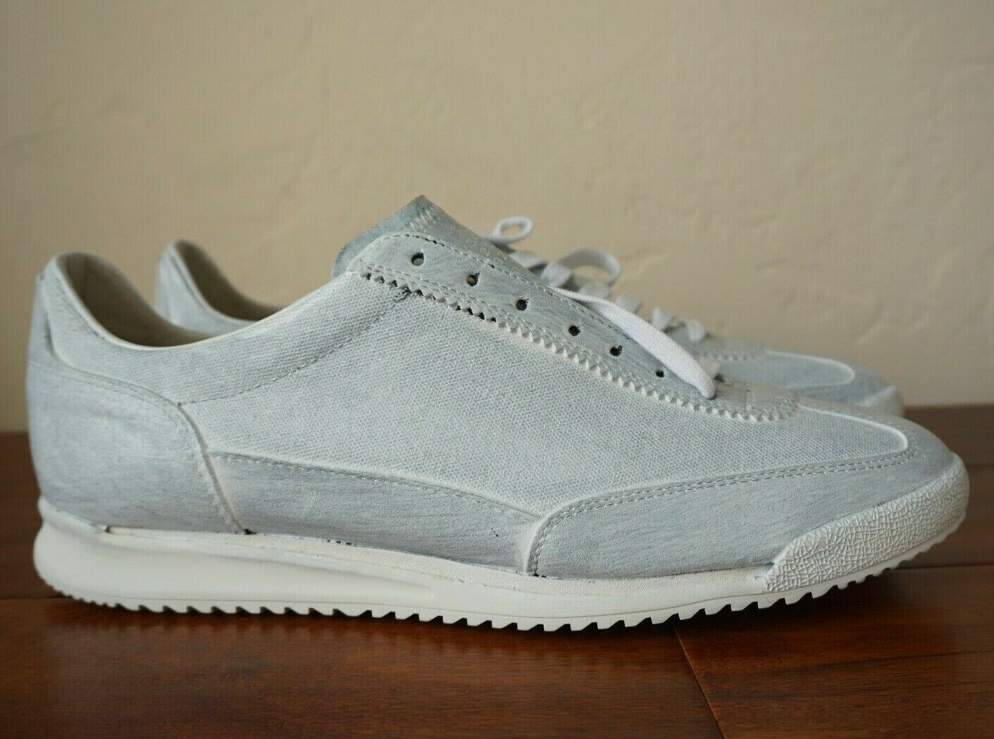 NEW WITH BOX   MAISON MARTIN MARGIELA US 12 45 PAINT PAINTED bianca nero scarpe da ginnastica