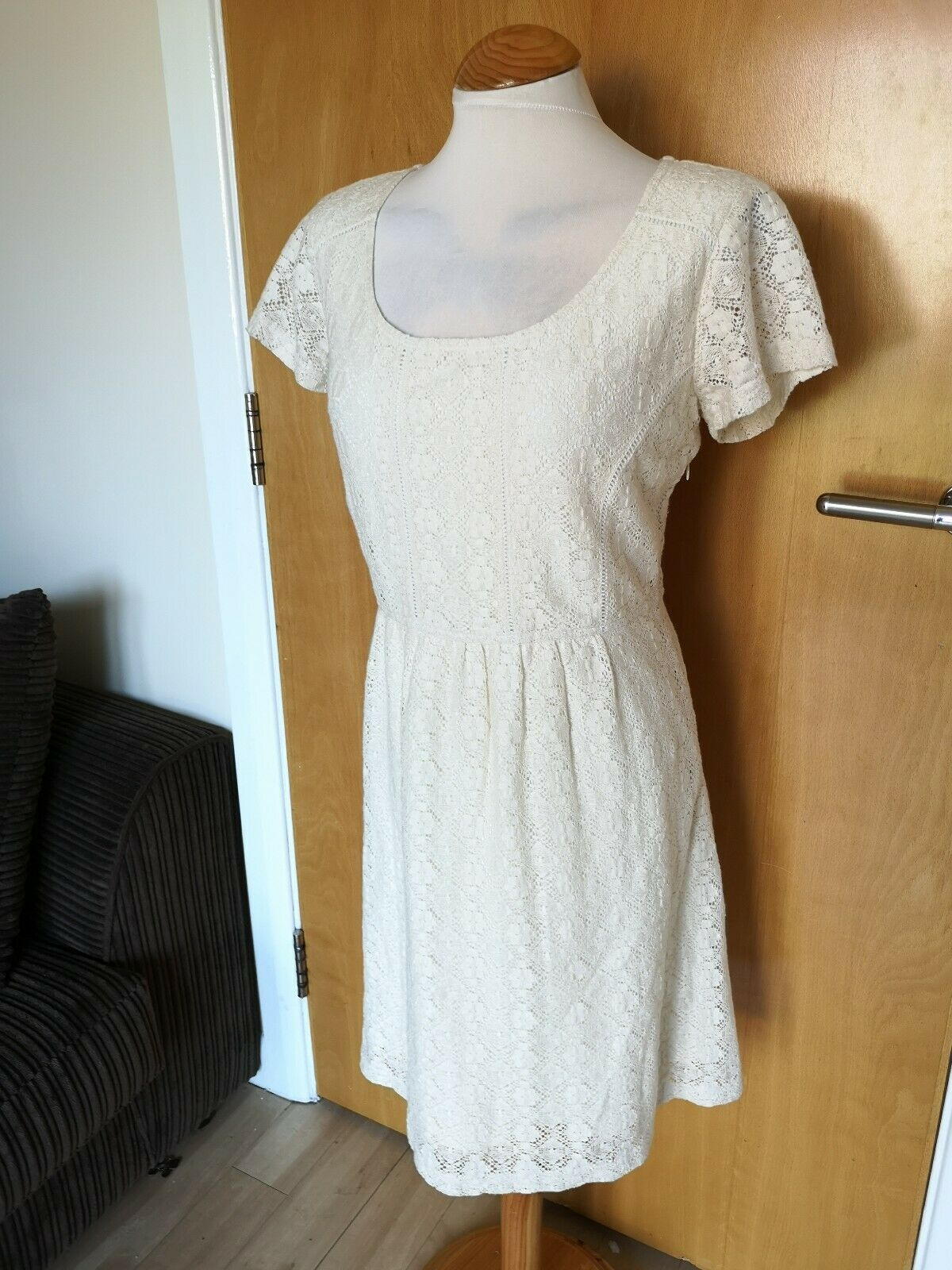 Ladies FAT FACE Dress Size 14 Ivory Lace Smart Casual Day Party