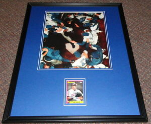 Joe-Carter-Signed-Framed-16x20-Photo-Display-1993-World-Series-HR-Blue-Jays-B