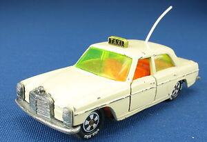 Siku-v-244-1317-Mercedes-Benz-250-8-taxi-voiture-miniature-serie-v244