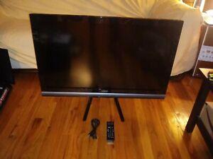 VIZIO E371VA 37-Inch Full HD 1080P LCD HDTV, Black (2010 Model) - Used