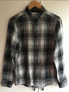 H-amp-M-mens-black-checked-plaid-shirt-size-S