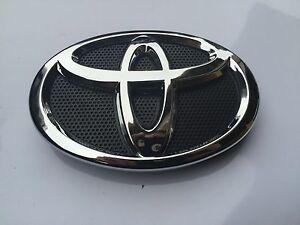 2010 2011 toyota camry front hood grill black chrome emblem 75311 06100. Black Bedroom Furniture Sets. Home Design Ideas