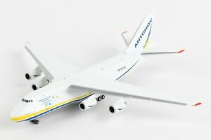 Herpa-Wings-Antonov-Airlines-Antonov-AN-124-526777-002-1-500-Reg-UR-82029-New