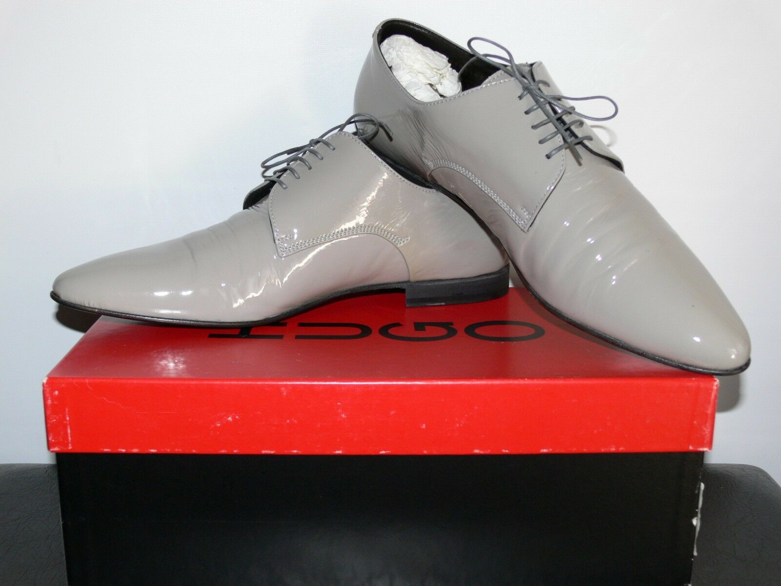 NEW  295.00 HUGO BOSS RED LABEL MADE IN ITALY GENUINE PATENT LEATHER  SIZE US 10
