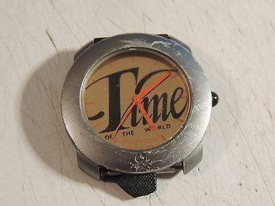 Bennetton Uhr, schöne Armbanduhr, Time of the World, By Bulova, Gold- Farbe