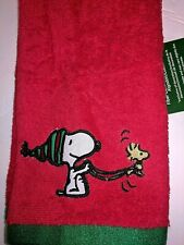 """Peanuts Snoopy Woodstock Christmas Red Hand Towel 16/"""" x 26/"""" BRAND NEW LOT OF 4"""