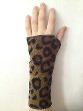 Wrist Wraps Hand Warmers Adult & Child Fingerless Glove LEOPARD