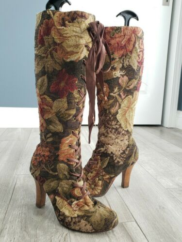 Vintage JC tapestry knee high lace up tapestry gra