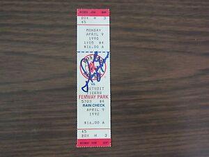 Dwight-Evans-Autograph-Full-Ticket-Boston-Red-Sox-vs-Detroit-Tigers-4-9-90