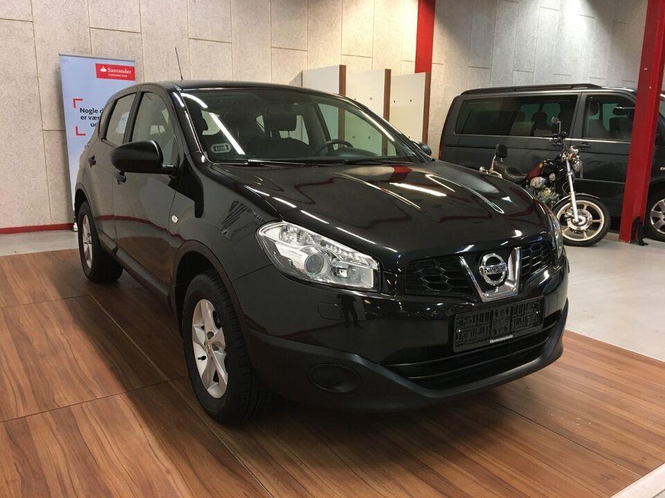 Nissan Qashqai 1,6 Visia Benzin modelår 2013 km 145000