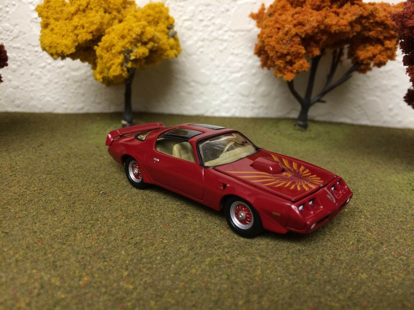 1980 PONTIAC TRANS TRANS TRANS AM FIREBIRD RED 1 64 SCALE LIMITED EDITION REAL RUBBER 944114