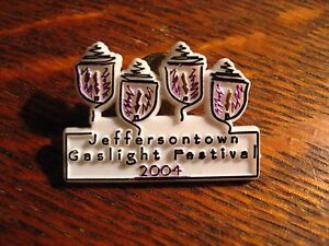 Jeffersontown-KY-Lapel-Pin-2004-Kentucky-USA-City-Gaslight-Festival-Souvenir