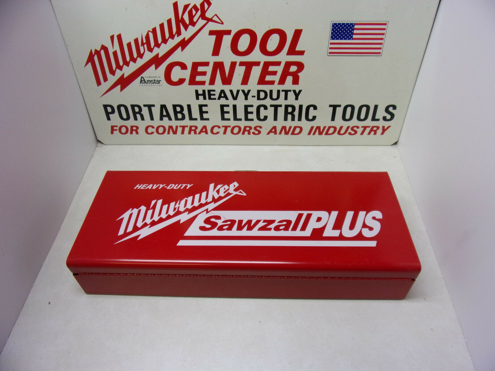 Milwaukee Heavy Duty Sawzall Metal Case Made in the USA