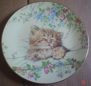 Royal-Worcester-Crown-Ware-CAT-NAP-KITTEN-CLASSICS-Cat-Collectors-Plate