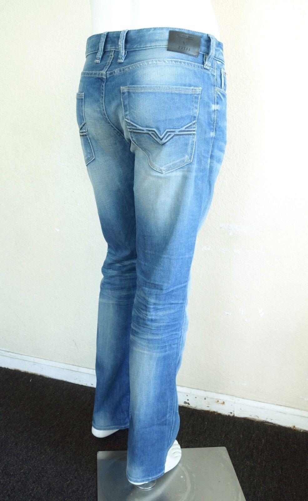 GUESS Men's Slim Straight Jeans – Medium bluee Wash sz 32