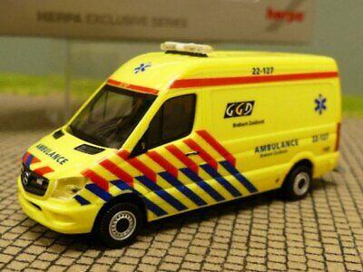 "Herpa DAF XF 95 SSC Kabine blau ""Transit Transport Zevenaar"" Niederlande //H8906"