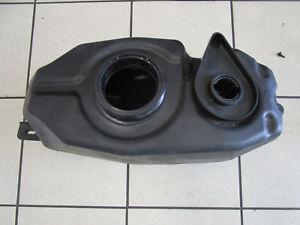E5-Yamaha-YZF-R-125-RE06-Capacite-Du-Reservoir-de-Carburant-Essence-5D7-54110