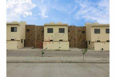 Ultima casa en venta en Fraccionamiento Privado Valle Verde a 15 minutos de Plaza Crist...