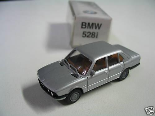 Original bmw miniatura 528i 1:87 plata Herpa 82229406373-nuevo