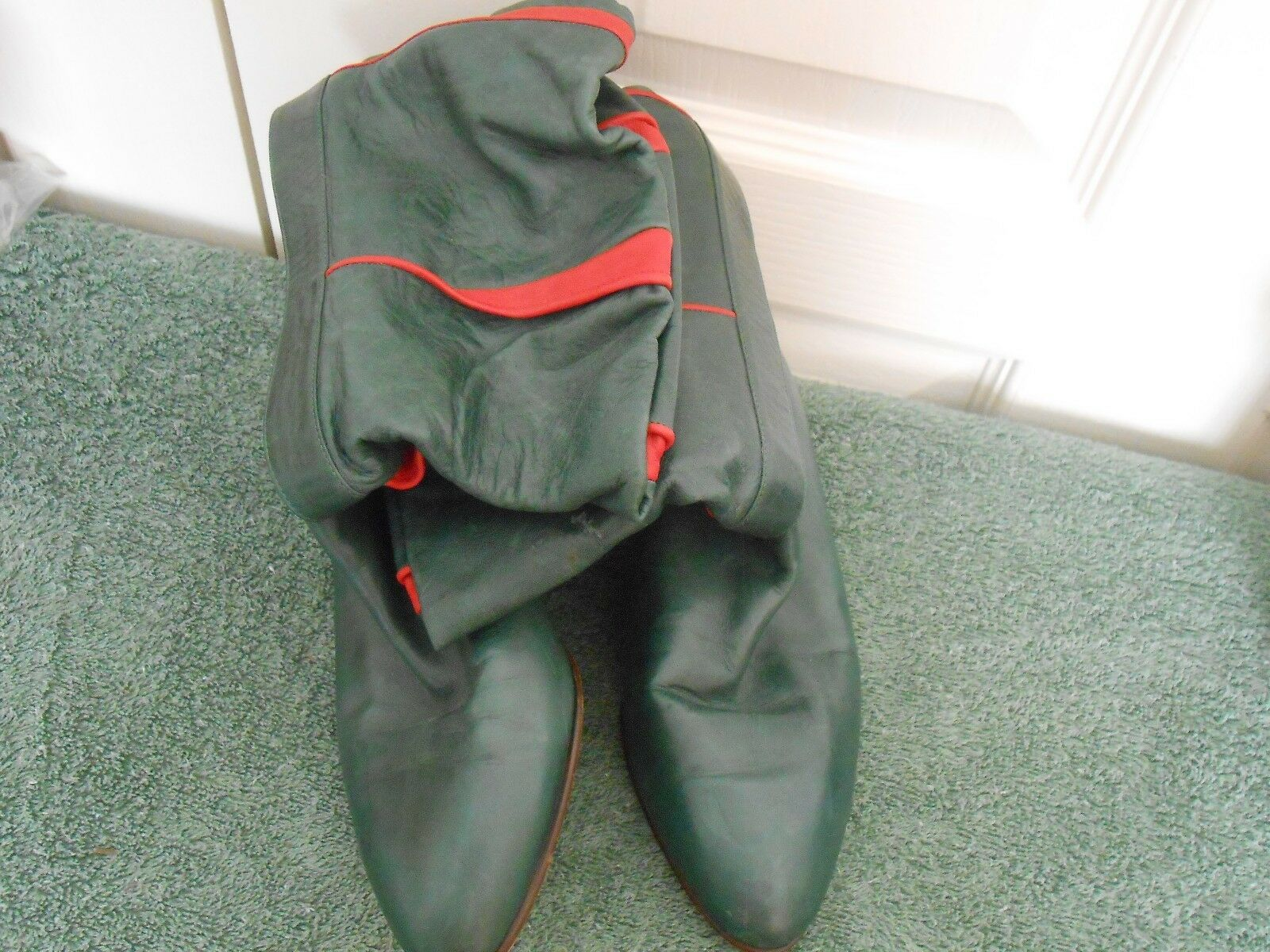 TILBURY--MADE IN ITALY--GREEN LEATHER WITH RED TRIM BOOTS----37