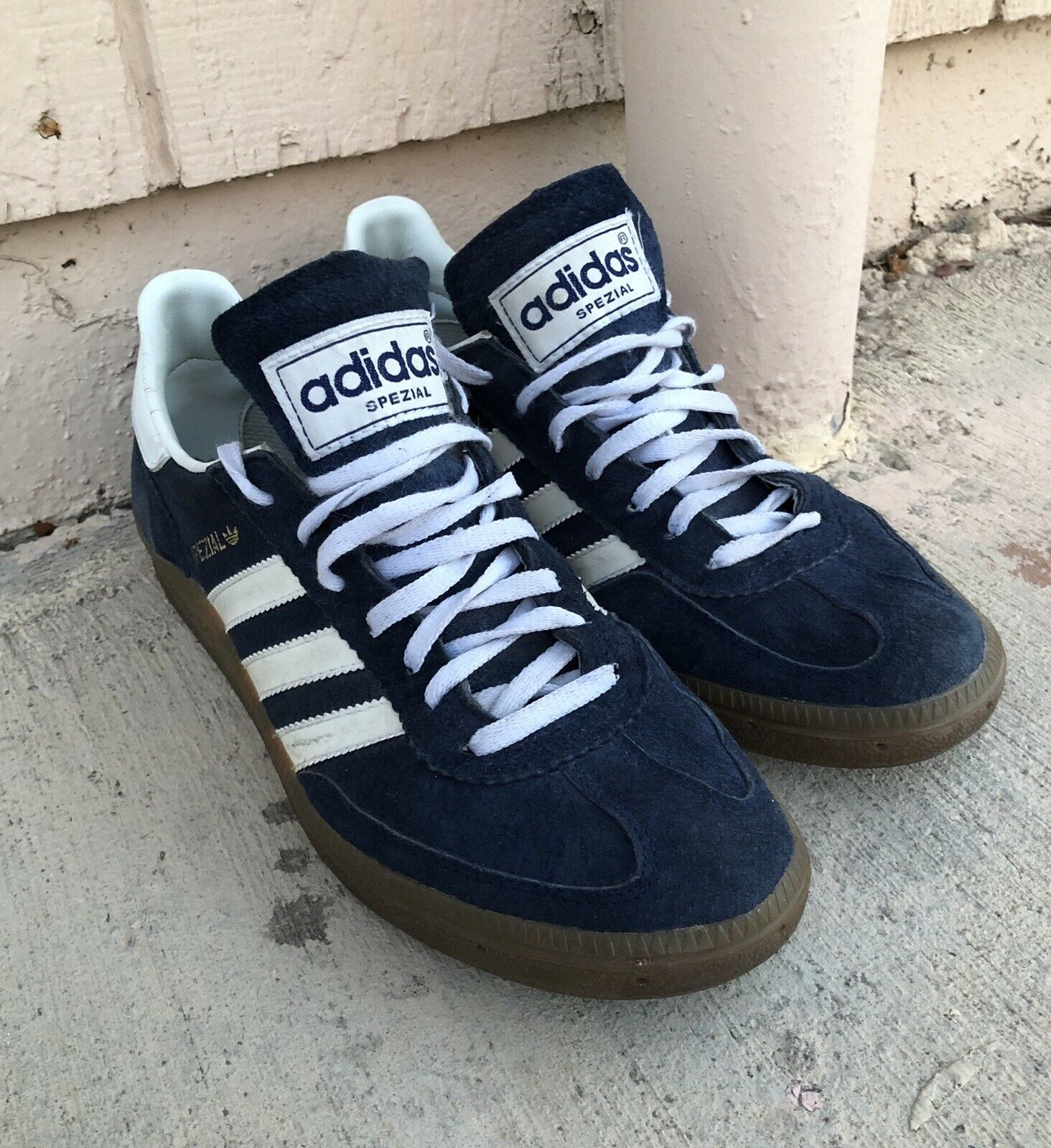 Vintage Adidas Spezial Navy bluee And White Suede Tennis shoes Men's 9.5