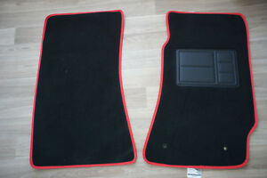Front-Pair-Car-Floor-Mats-w-Red-Binding-for-Holden-Commodore-VT-VX-VY-VZ-Sedan