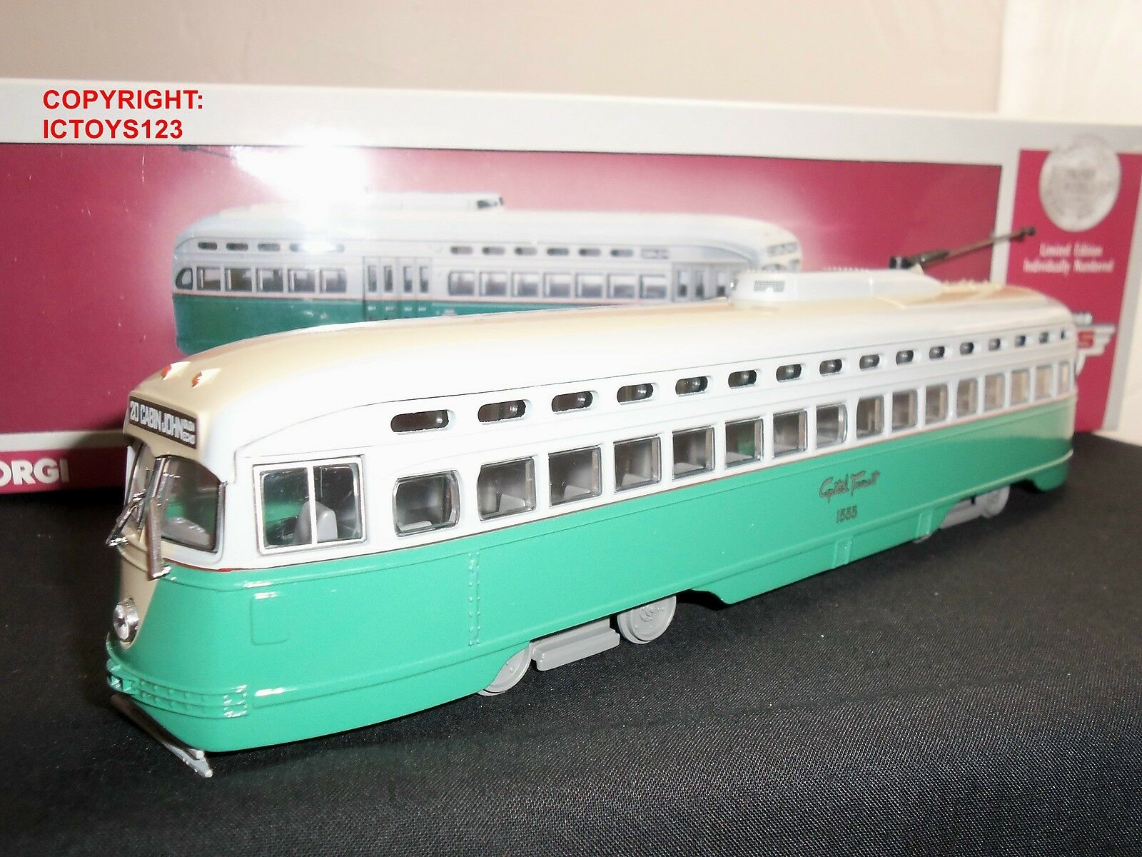 CORGI US55019 Capital Transit Diecast modèle américain USA PCC tramway bus