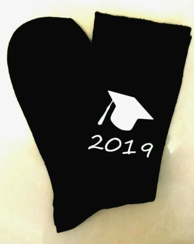 Graduation 2019 Noir Chaussettes Hommes Vinyle Imprimé Personnalisé Graduation cadeau