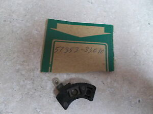NOS OEM Suzuki Handle Switch Knob 1972-1979 GT250 GT380 GT550 TS100 57713-33010