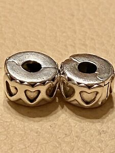 2-X-Pandora-Row-of-Hearts-Clip-Charms-791978-2-X-Rubber-Holders