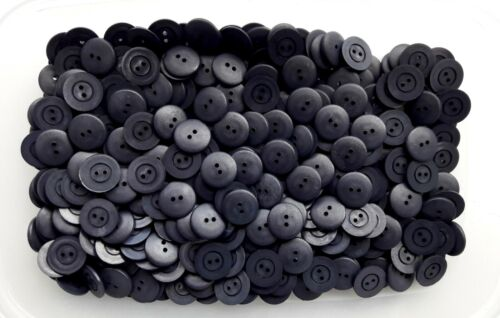 K141 Small 16mm 26L Very Dark Navy Blue 2 Hole Buttons Craft Card Making Button