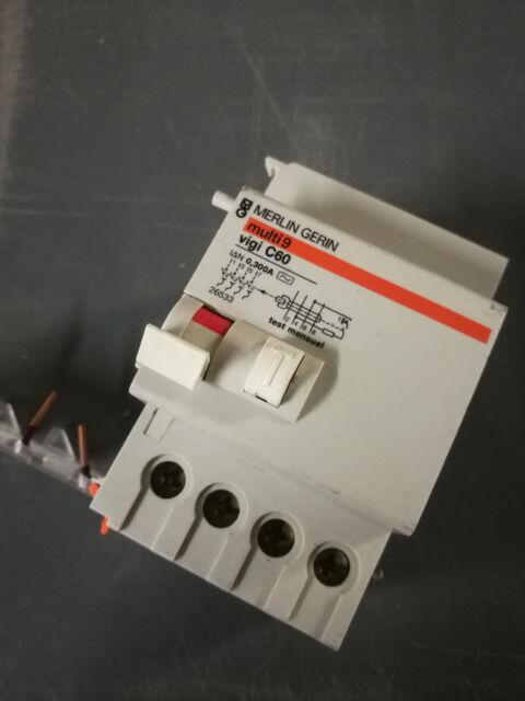 30mA   A9N19666 20A DPN N Vigi N Acti 9 1P disjoncteur différentiel