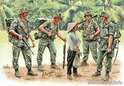 FREE SHIPPING!!! Patroling. Vietnam War series 5 figures 1/35 Master Box 3599