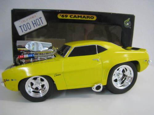 "69 Camaro /""California Too Hot/"" en amarillo muscle maschines Funline 1:18 OVP nuevo"