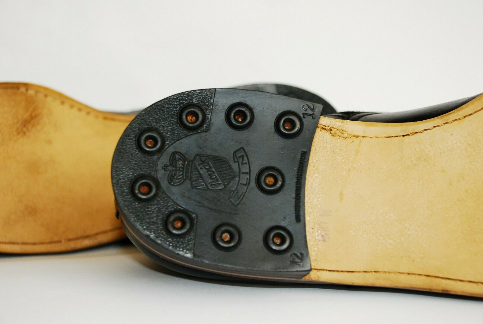 STUNNING PAIR OF ORIGINAL 1930S BLACK LEATHER AND… - image 11