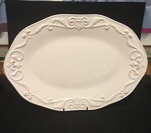 Daniel-Cremieux-14-Oval-Platter-Marie-Antoinette-Masion-Designed-in-France