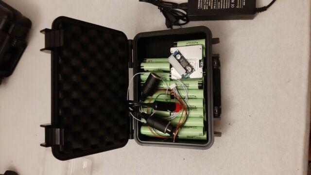 Batería recargable de litio 12v 32 amp