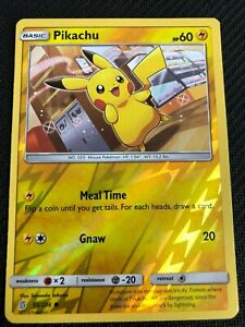 UNIFIED MINDS SUN AND MOON PIKACHU 56//236 REV HOLO POKEMON TCG CARD