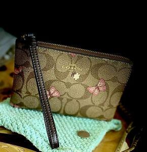 NWT Coach Sig C Wristlet khaki/brown~Pink Butterfly Print