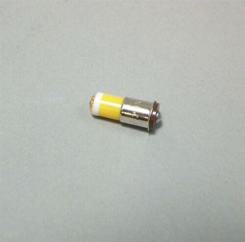 Lamp LED Bulbs Center Cathode 28V Flange Base Yellow 6MF-S-Y-28V Lot Of 100 NOS